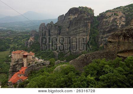 4 Meteora monasteries: Moni Agiou Nikolaou, Moni Agias Varvaras Rousanou, Megalou Meteorou, Moni Varlaam