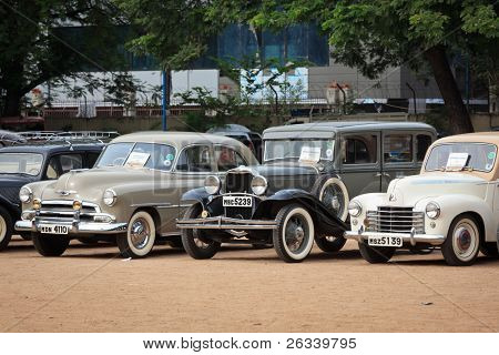 CHENNAI - INDIA - JULY 24: Vauxhall Velox 1951, Dodge 1931 and  Chevrolet Fleet Master vintage cars on Heritage Car Rally 2011 of Madras Heritage Motoring Club on July 24, 2011 in Chennai, India