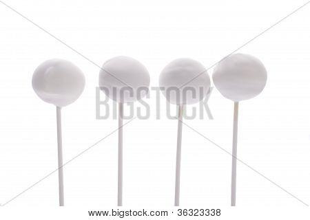 white sweet cake pops
