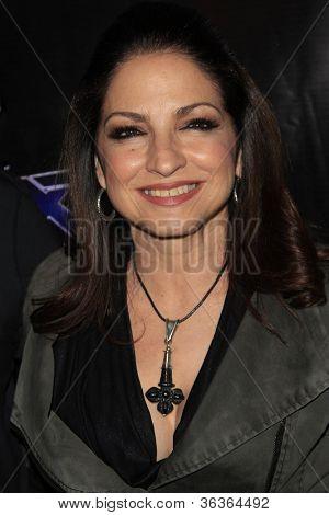 LOS ANGELES - AUG 15: Gloria Estefan at the CW