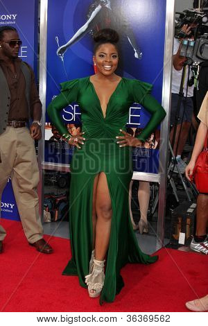 Los Angeles - AUG 16:  Bre'ly Evans arrives at the