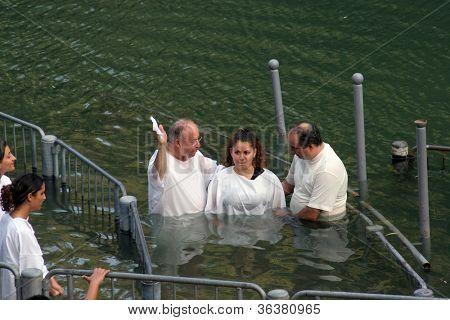 YARDENIT , ISRAEL - SEPTEMBER 30: Baptismal site at Jordan river shore. Baptism of pilgrims  in Yardenit, Israel on September 30, 2006.