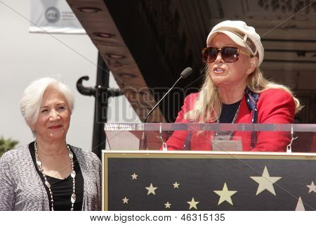LOS ANGELES - MAY 24:  Olympia Dukakis, Diane Ladd at the ceremony bestowing Olympia Dukakis with a Star on the Hollywood Walk of Fame at the Hollywood Walk of Fame on May 24, 2013 in Los Angeles, CA