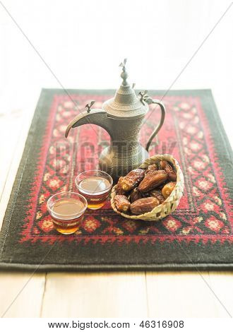An arabic teat and dates