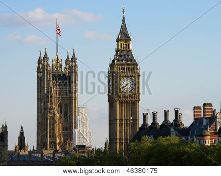 big ben and victoria tower of house of parliament on the Middlesex bank of the River Thames in the City of Westminster, in central London