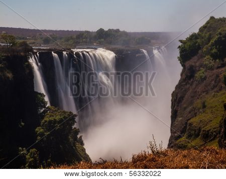 Main Cataract Of Victoria Falls