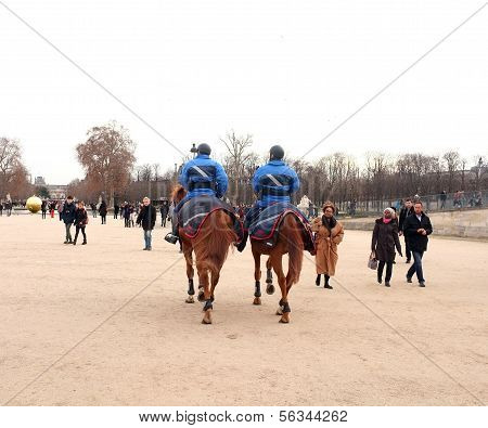 Paris police on horse