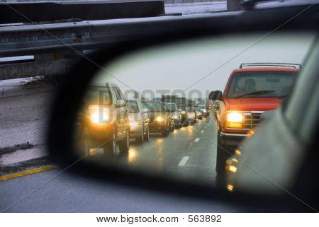 Espejo del atasco de tráfico