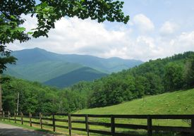 pic of smoky mountain  - Beautiful mountain view with a rural landscape - JPG
