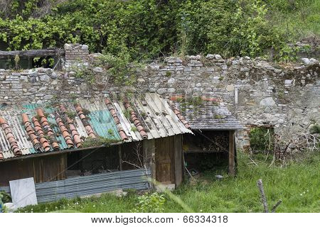 Woodshed In The Mountains