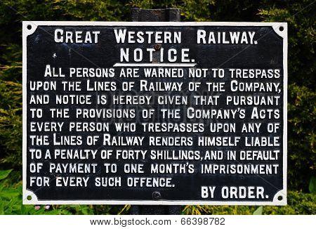 Great Western Railways warning notice.
