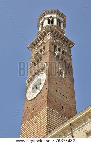 Tower In  Piazza Delle Erbe