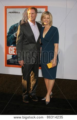 LOS ANGELES - MAR 25:  Will Ferrell, Viveca Paulin at the