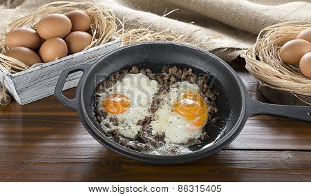 Braised Meat with Egg