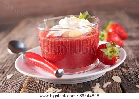 strawberry, almonds and whipped cream