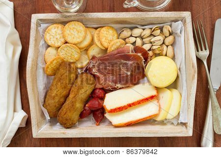 Cheese With Meat Croquete And Cookies