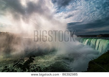 November morning tour of Niagara Falls