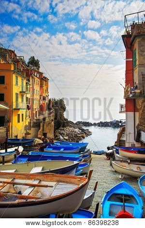 Riomaggiore Village Street, Boats And Sea. Cinque Terre, Ligury, Italy. Long Exposure