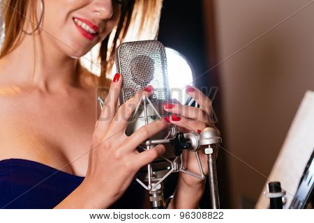 Hands On Microphone
