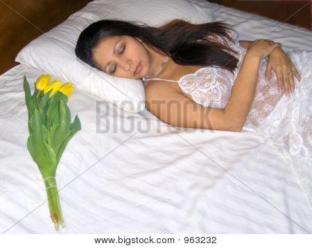Honey, Wake Up!