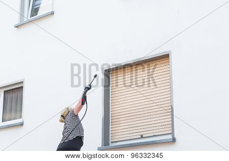 High-pressure Cleaning Facade