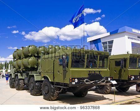 Mobile coastal missile system