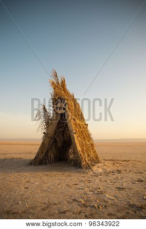 Yellow hut in Tunisian desert