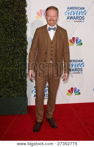 LOS ANGELES - DEC 9:  Jesse Tyler Ferguson arrives at the 2011 American Giving Awards at Dorothy Chandler Pavilion on December 9, 2011 in Los Angeles, CA