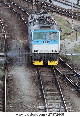 Locomotora eléctrica del ferrocarril.