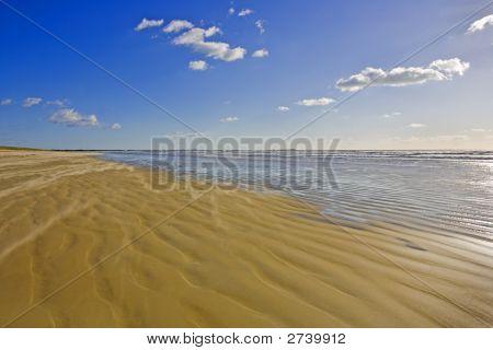 Wind Onthe Beach