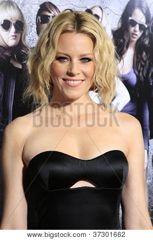 LOS ANGELES - SEP 24:  Elizabeth Banks arrives at the