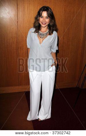 LOS ANGELES - SEP 28:  Olesya Rulin arrives at the