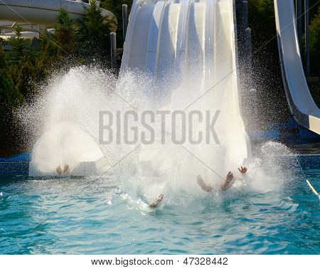 water park, hills and splashes