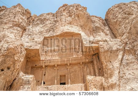 Tomb Ka'ba-ye Zartosht