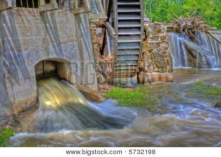 Mill On Big Raccoon Creek In Hdr