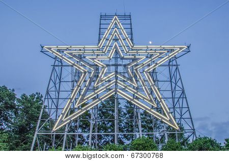 Big Star Of A Star City Roanoke Virginia