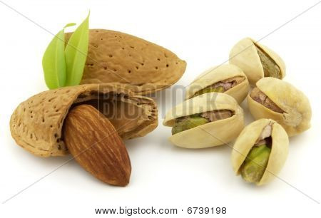 Almond With Pistachio