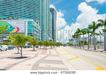 MIAMI,USA - JUNE 21,2014 : Skyscrapers and traffic on Biscayne Boulevard in downtown Miami