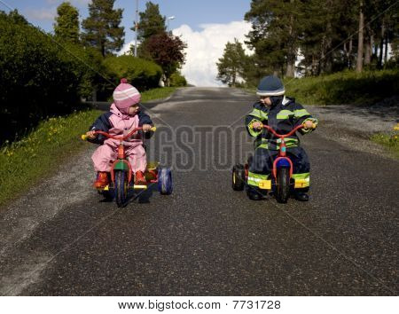Children racing