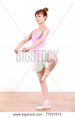 woman dances ballet