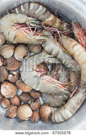 Fresh Shrimp And Cockle