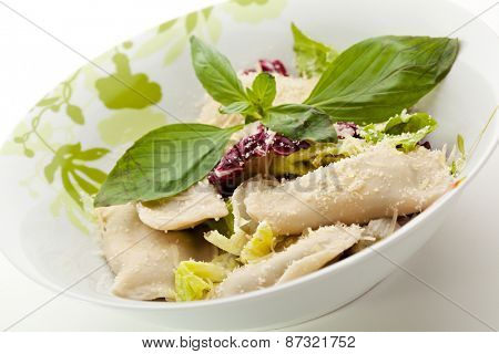 Ravioli with Cheese and Spinach, Cherry Tomato and Salad