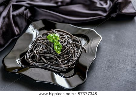 Pasta With Wheat Germ And Black Cuttlefish Ink