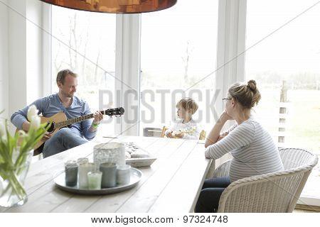 Family Makes Music