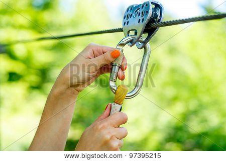 Carabine on a zip line