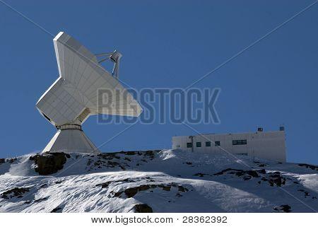 Llarge telescope and observatory in Prado Llano, spanish ski resort