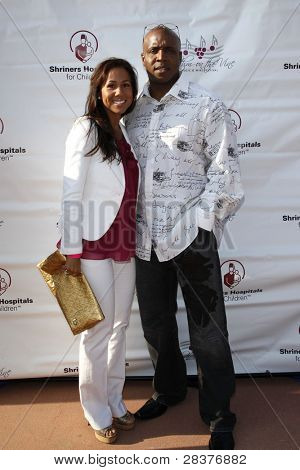 SANTA YNEZ, CA - MAY 30: Barry Bonds and wife Liz at 'Rhythm on the Vine' charity event to benefit Shriners Children Hospital at the Gainey Vineyard May 30, 2009 in Santa Ynez, California