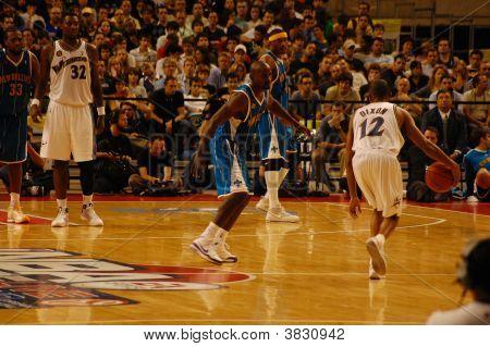 Nba In Europe - Hornets Versus Wizards