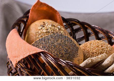 Luncheon-Basket