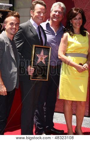 LOS ANGELES - JUL 16:  Frankie Muniz, Bryan Cranston, Producer, Jane Kaczmarek at the Hollywood Walk of Fame Star Ceremony for Bryan Cranston at the Redbury Hotel on July 16, 2013 in Los Angeles, CA